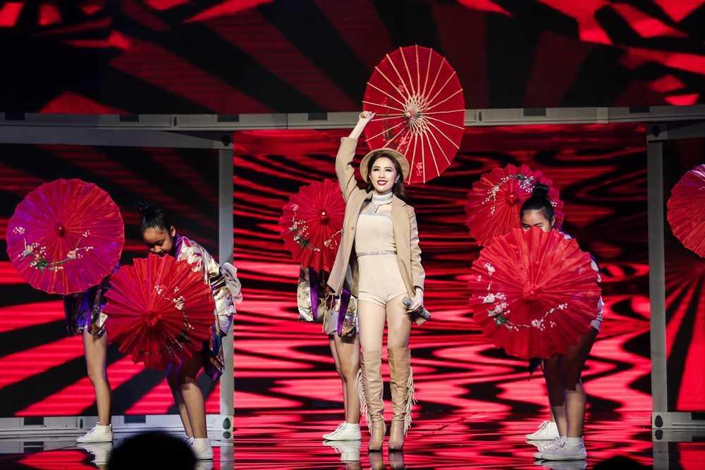 Bao Thy, Yen Trang va nhung chuyen chua ke tai Remix new generation hinh anh 2