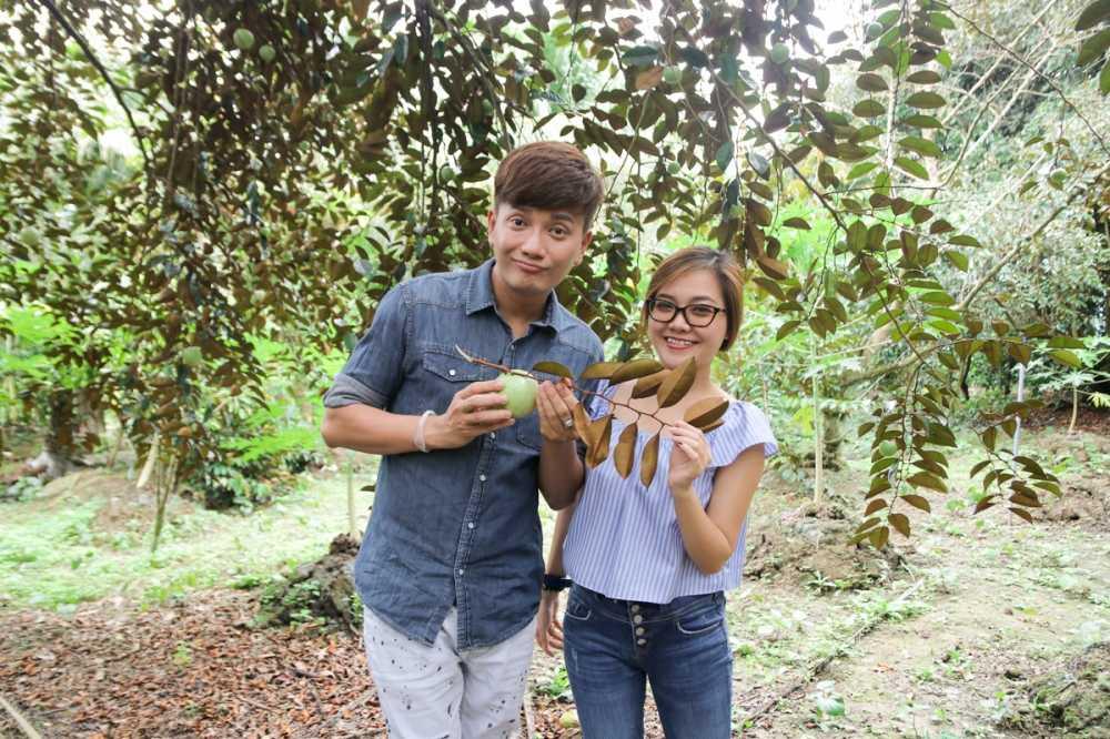Thanh Ngoc dan Ba Thang ve tham que huong Tien Giang hinh anh 5