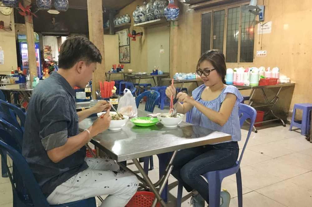 Thanh Ngoc dan Ba Thang ve tham que huong Tien Giang hinh anh 4