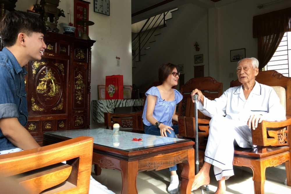 Thanh Ngoc dan Ba Thang ve tham que huong Tien Giang hinh anh 2