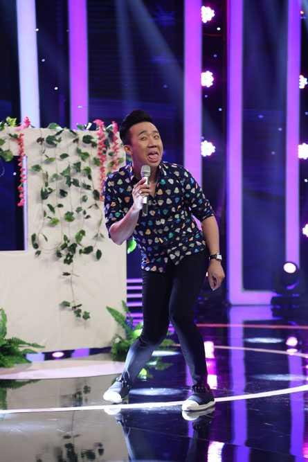 Ngo Kien Huy doi 'tat' Thanh Duy Idol ngay tren san khau hinh anh 7