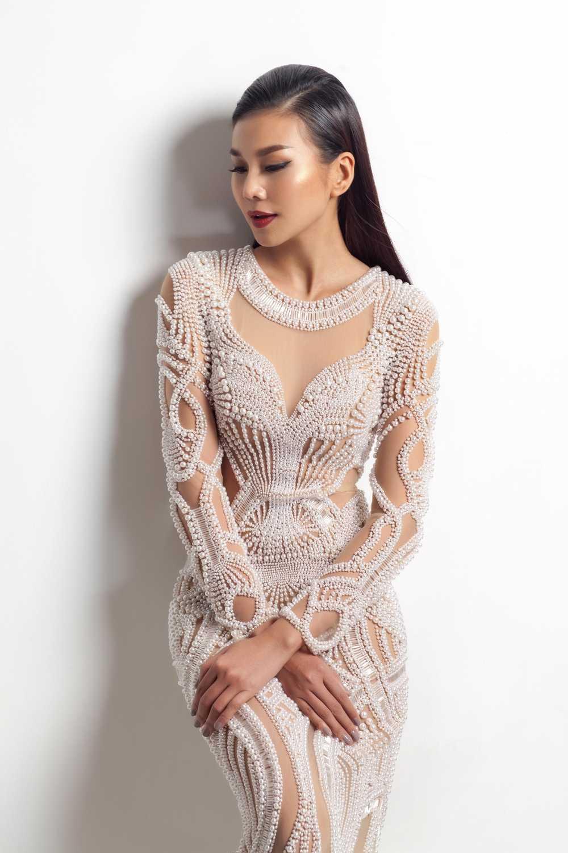 Nguyen Cong Tri moi Thanh Hang lam vedette tai Tokyo fashion week 2017 hinh anh 3