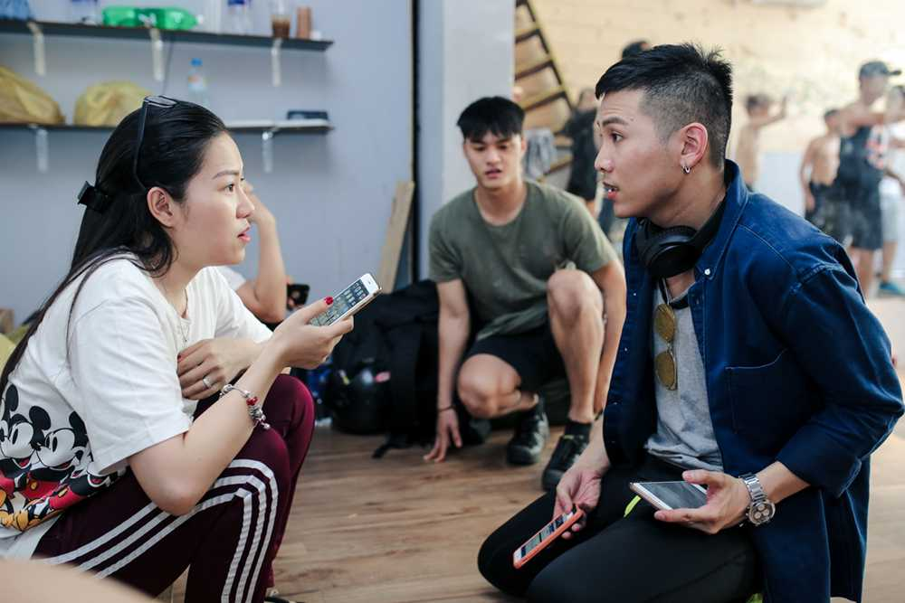 Lam Vinh Hai lan dau xuat hien cung Ly Phuong Chau sau scandal on ao hinh anh 2