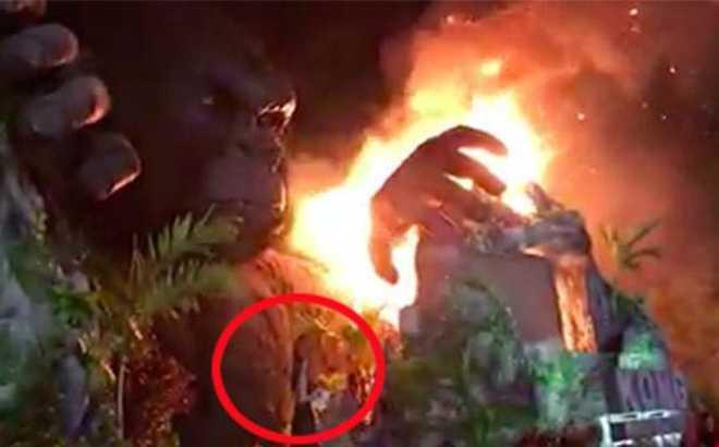 Chay lon le ra mat 'Kong: Skull Island': Lan Khue lo lang vi Ha Anh con tren san khau lam MC hinh anh 4