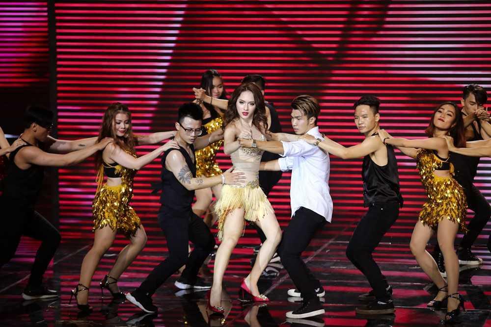 Truc tiep tap 8 The remix 2017: Huong Giang chuyen gioi qua nong bong hinh anh 2