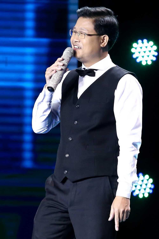 Dam Vinh Hung 'hai mat' voi Quang Le tai 'Than tuong bolero' hinh anh 9