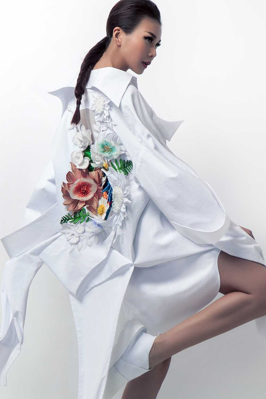 Nguyen Cong Tri mang bo suu tap 'Em hoa' den Tokyo Fashion Week 2017 hinh anh 2