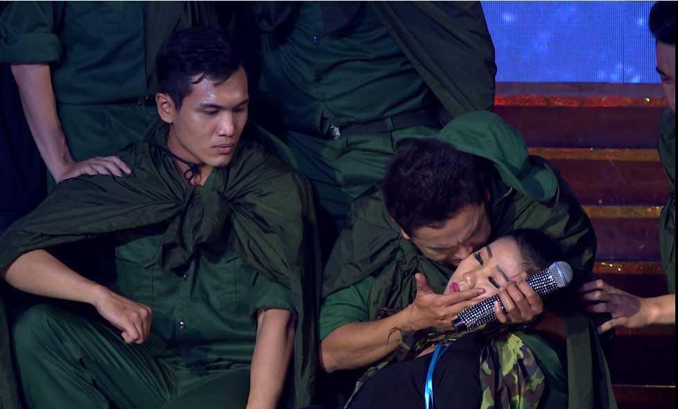 Ngoi sao phuong Nam 2017: Bang Cuong 'doi nghe' di ban kem chuoi hinh anh 2
