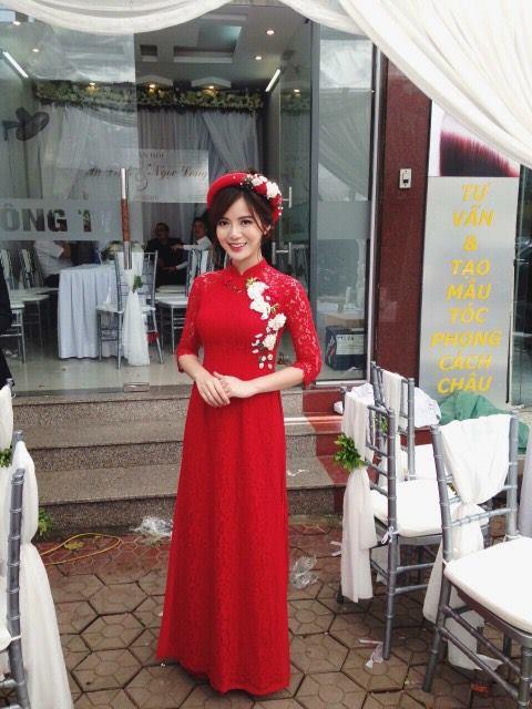 Hot girl Tu Linh MU xinh dep rang ro trong le an hoi hinh anh 15