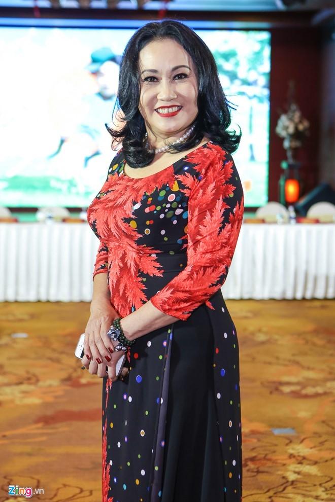 Nghe si Thanh Hang: 'Toi tung phai lam mong, co toilet de muu sinh' hinh anh 2