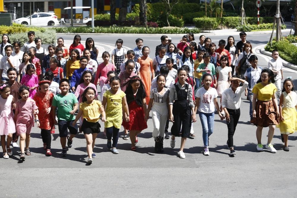 Trang Phap, Hoang Ton dau dau voi thi sinh 'Vietnam Idol Kids 2017' hinh anh 1
