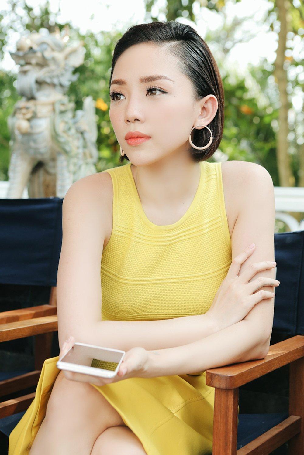 Toc Tien la huan luyen vien cung chieu hoc tro nhat tai 'The Voice 2017' hinh anh 1