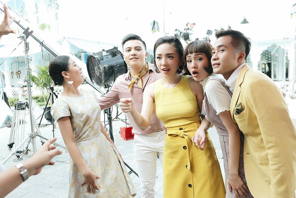 Toc Tien la huan luyen vien cung chieu hoc tro nhat tai 'The Voice 2017' hinh anh 3