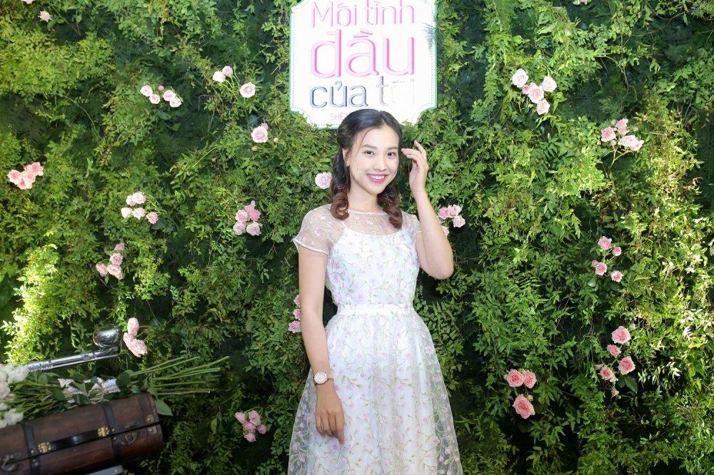 Angela Phuong Trinh tro lai song truyen hinh sau 9 nam hinh anh 5
