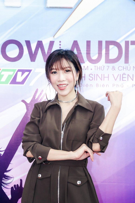 Trang Phap va Duong Khac Linh tranh mat sau tin don chia tay hinh anh 2