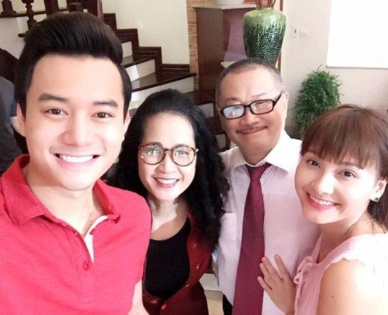 Hinh anh khong duoc len song cua 'Song chung voi me chong' hinh anh 1