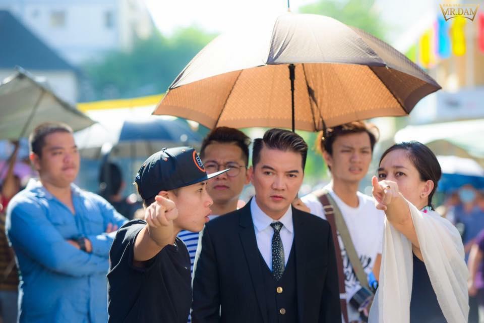 On ao tuyen bo 'co Phuong Thanh thi khong co Dam', Dam Vinh Hung tuc gian phan phao hinh anh 3