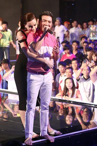 Dam Vinh Hung tiet lo Ho Ngoc Ha chia tay dai gia kim cuong sau 3 dem suy nghi hinh anh 4