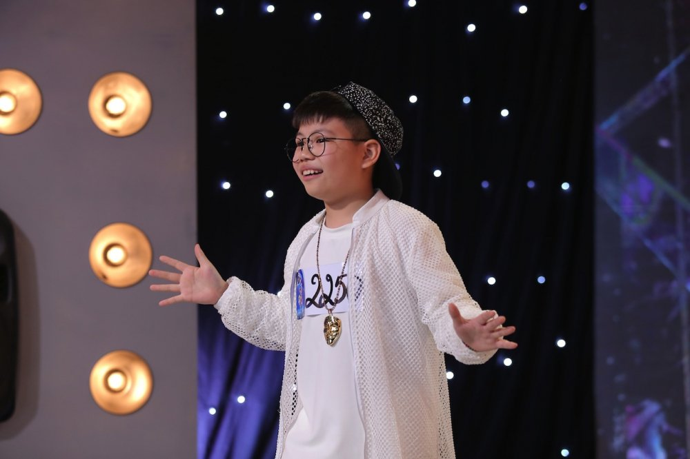 Vietnam Idol Kids 2017: Van Mai Huong nghen ngao truoc co be khiem thi hinh anh 5