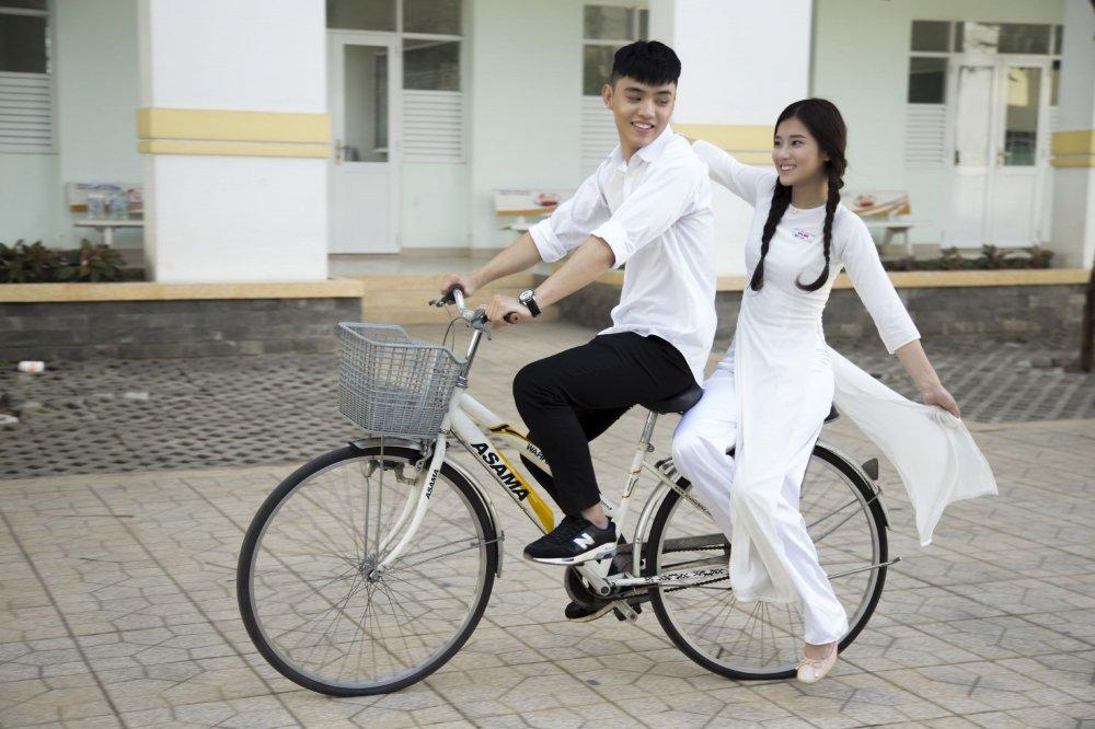Thich thu voi hoi uc tuoi hoc tro trong MV moi cua Hoang Yen Chibi hinh anh 3