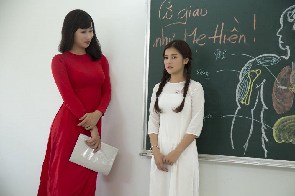 Thich thu voi hoi uc tuoi hoc tro trong MV moi cua Hoang Yen Chibi hinh anh 5