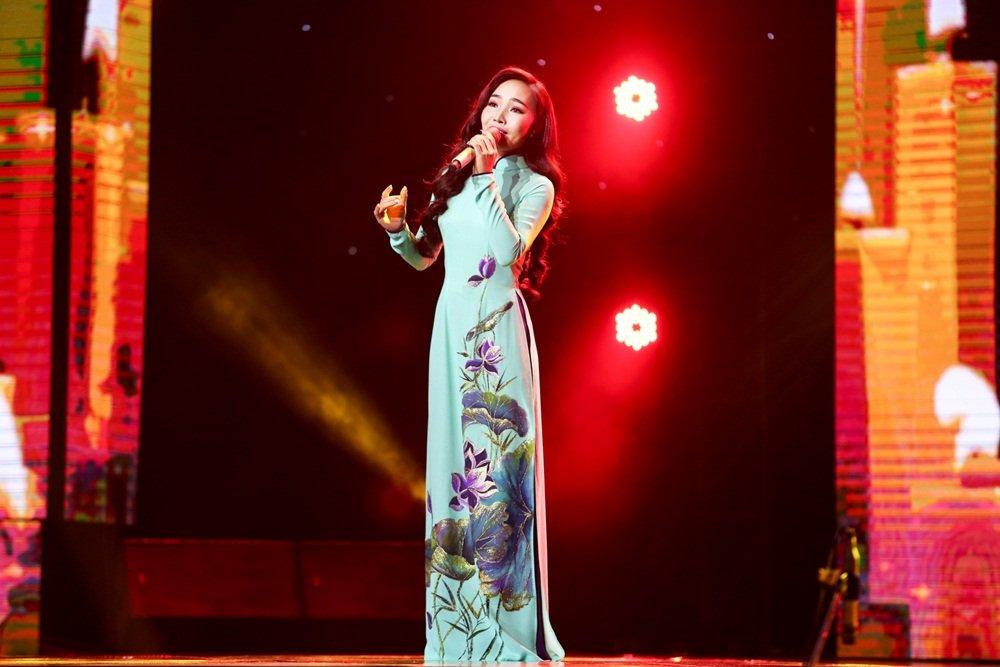 Quang Le nhan phan ung bat ngo vi lam kho hoc tro hinh anh 2