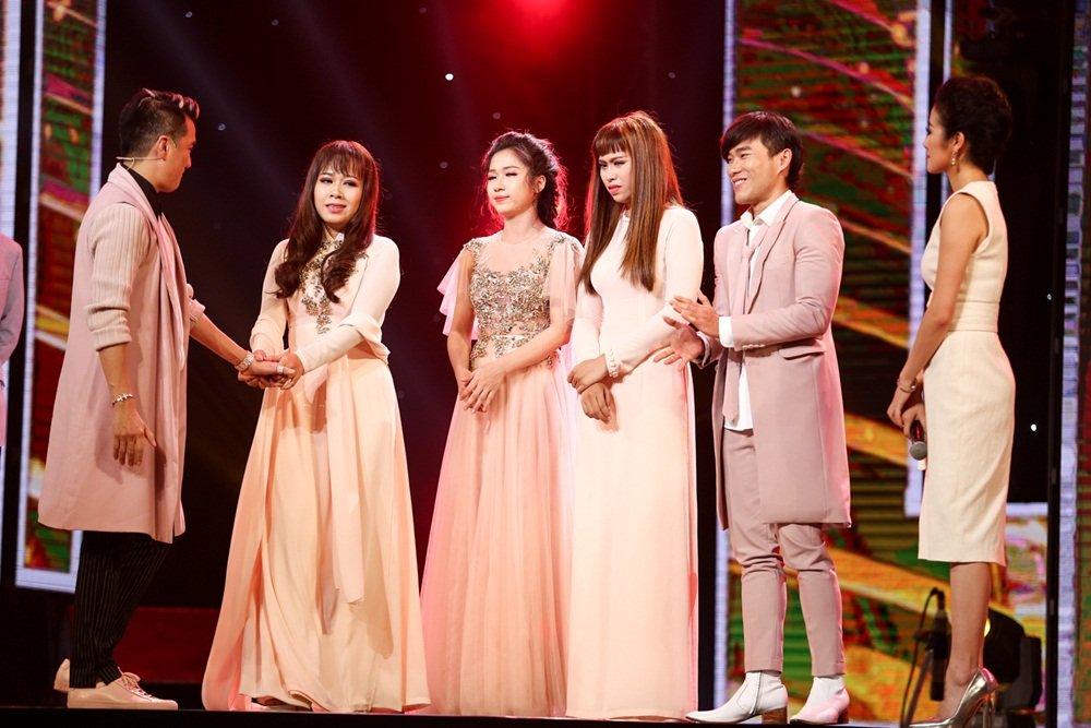 Truc tiep Than tuong Bolero 2017 tap 11: Dam Vinh Hung lam moi 'Thanh pho buon' hinh anh 7
