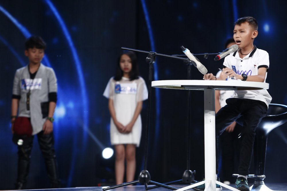 Truc tiep Vietnam Idol Kids 2017 tap 3: Co be khiem thi khien Isaac lang nguoi hinh anh 4