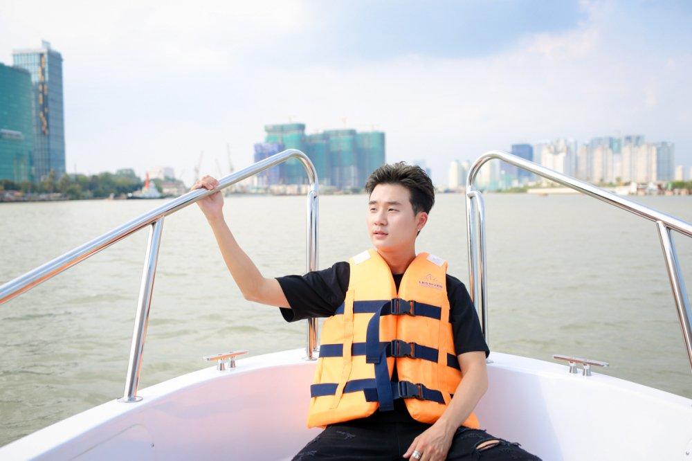 Hari Won thi do banh xeo cung rapper Han Quoc Basick hinh anh 1