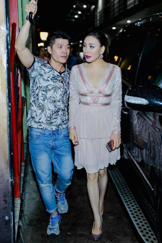 Ho Quynh Huong nhan minh tre hon Hari Won vi chua co chong hinh anh 1