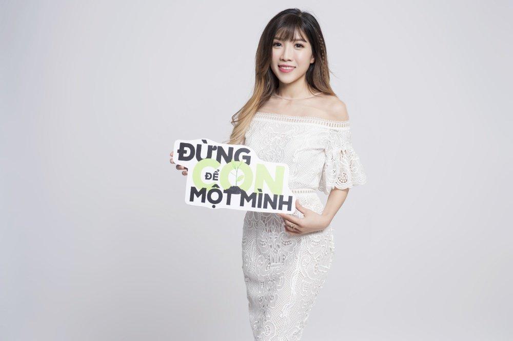 Trang Phap gay xuc dong voi thong diep chong te nan au dam hinh anh 2