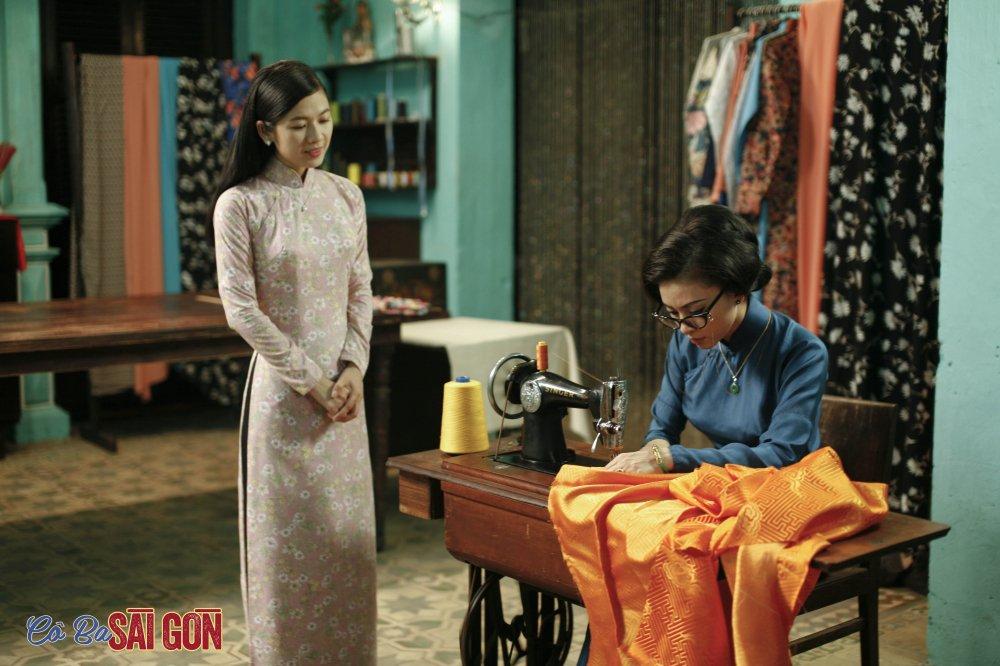 Ngo Thanh Van tu tay may ao dai bang may may thoi xua hinh anh 6
