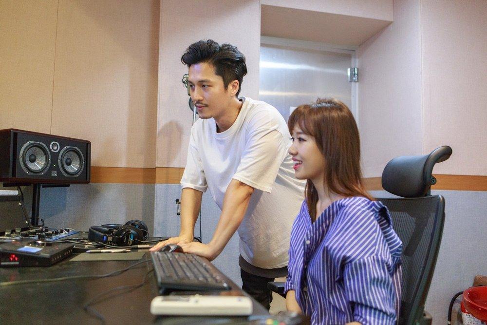 Hari Won sang Han Quoc gap go nha san xuat am nhac cua Sistar hinh anh 1