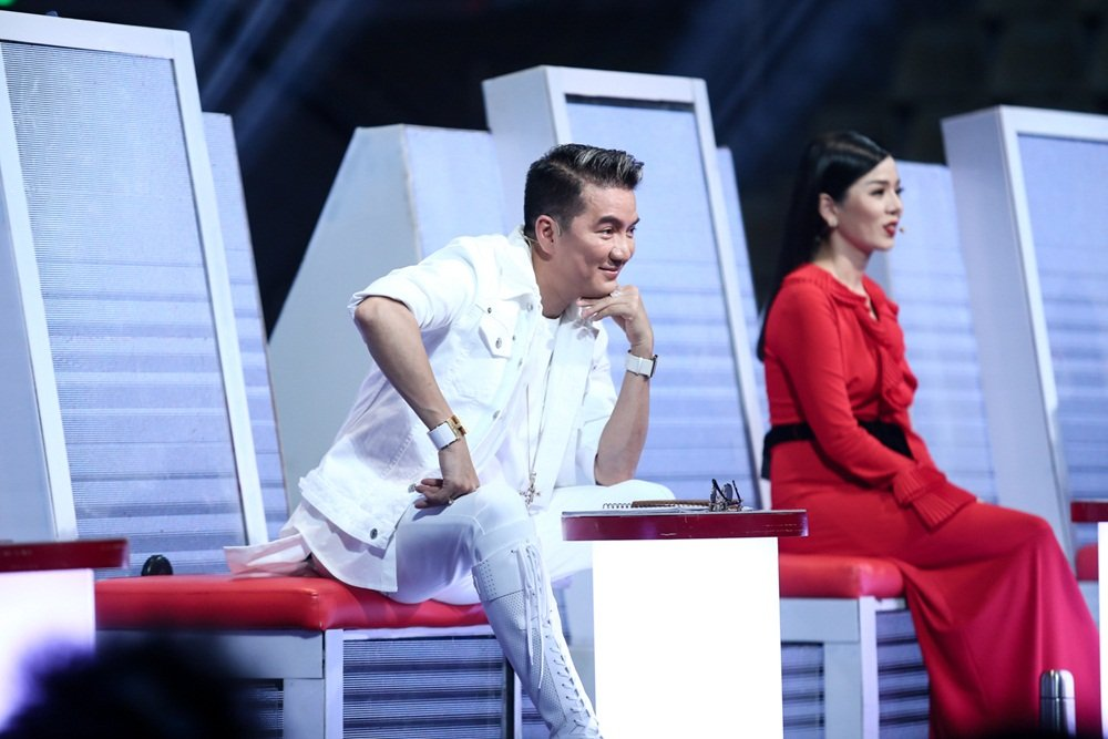 Hoc tro Dam Vinh Hung hat 'Duyen phan' khien Quang Le say dam hinh anh 2