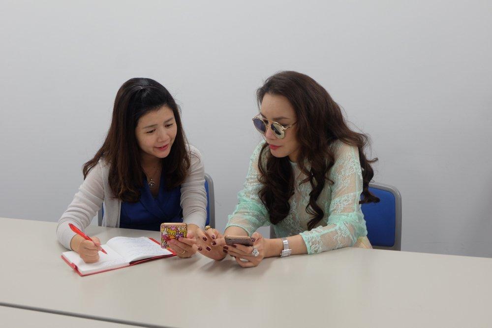 Ho Quynh Huong tra loi phong van to bao lon nhat Nhat Ban hinh anh 3