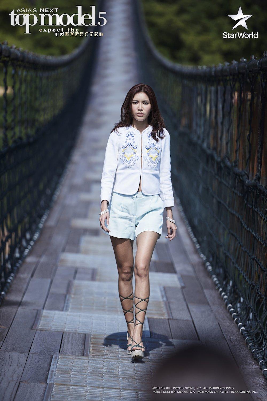Manh me tai 'The Face', Minh Tu lai bat khoc o 'Asia's Next Top Model' hinh anh 3