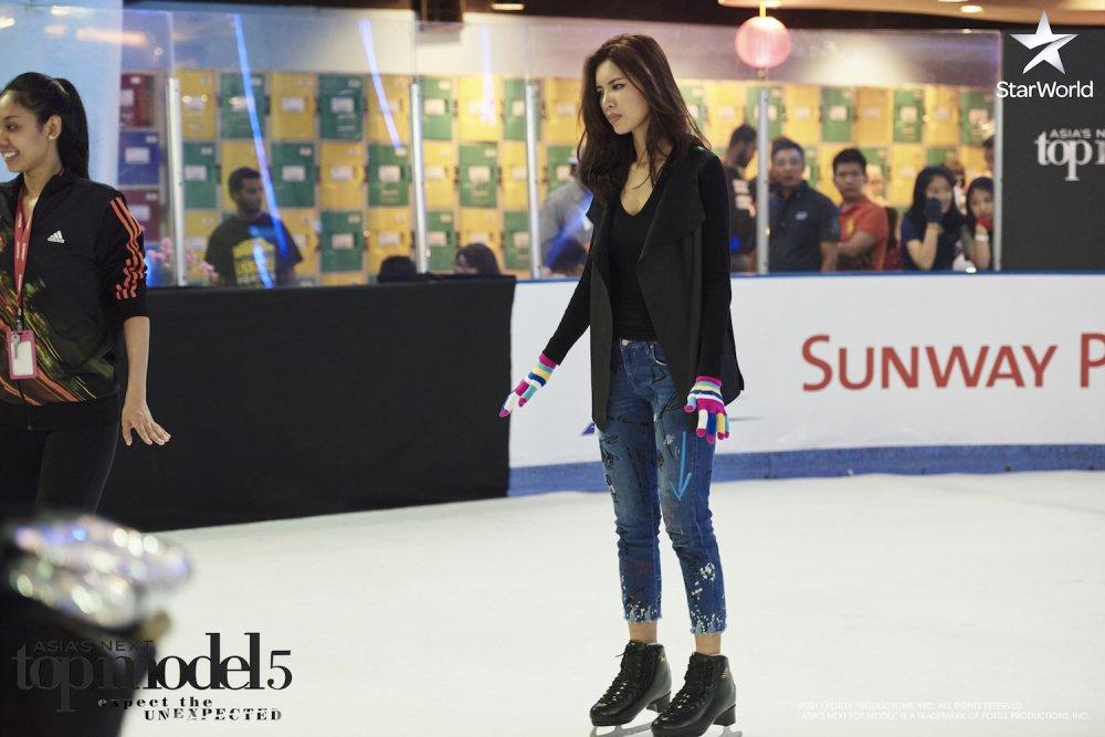 Manh me tai 'The Face', Minh Tu lai bat khoc o 'Asia's Next Top Model' hinh anh 4
