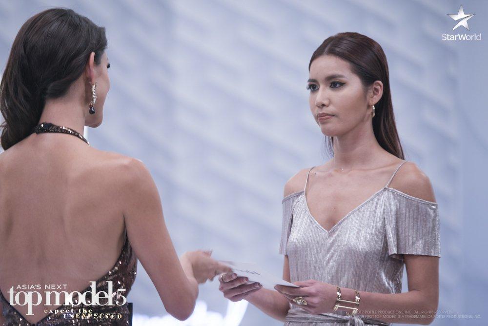 Manh me tai 'The Face', Minh Tu lai bat khoc o 'Asia's Next Top Model' hinh anh 6