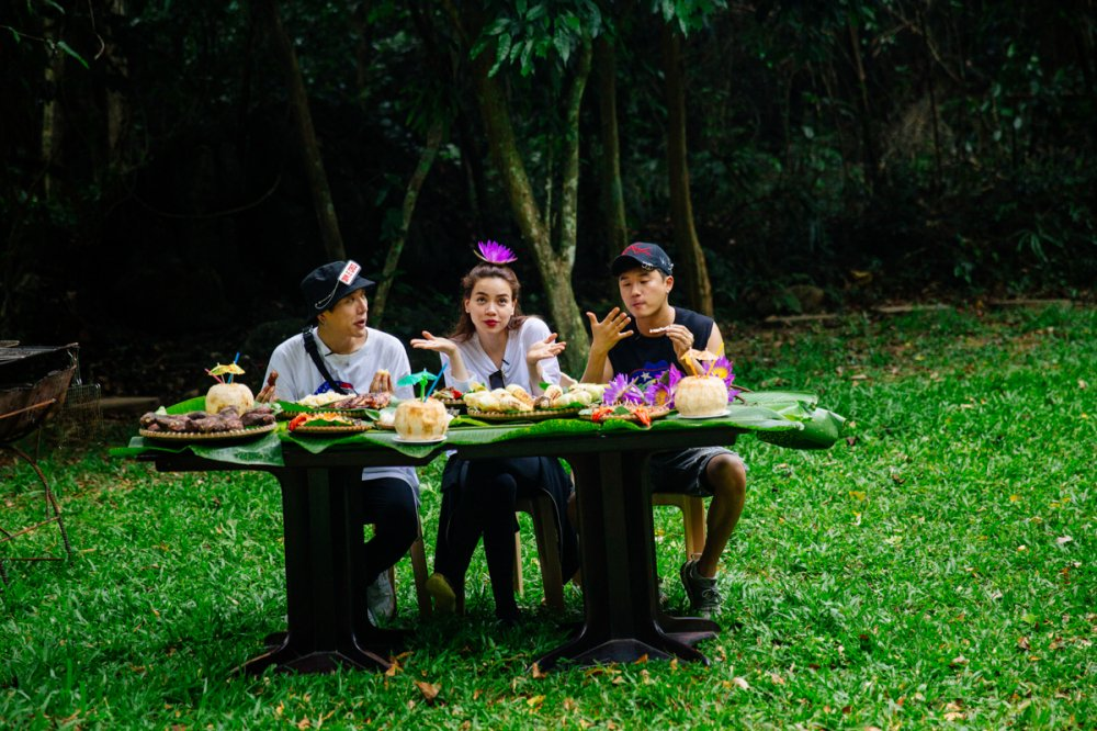Ha Ho bat chap nguy hiem kham pha dong Thien Duong cung rapper Han Quoc Basick hinh anh 9