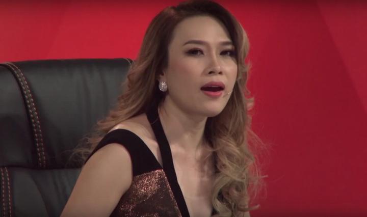 Video: My Tam vua nuong tom vua hat cai luong khien fan cuoi ngat hinh anh 2