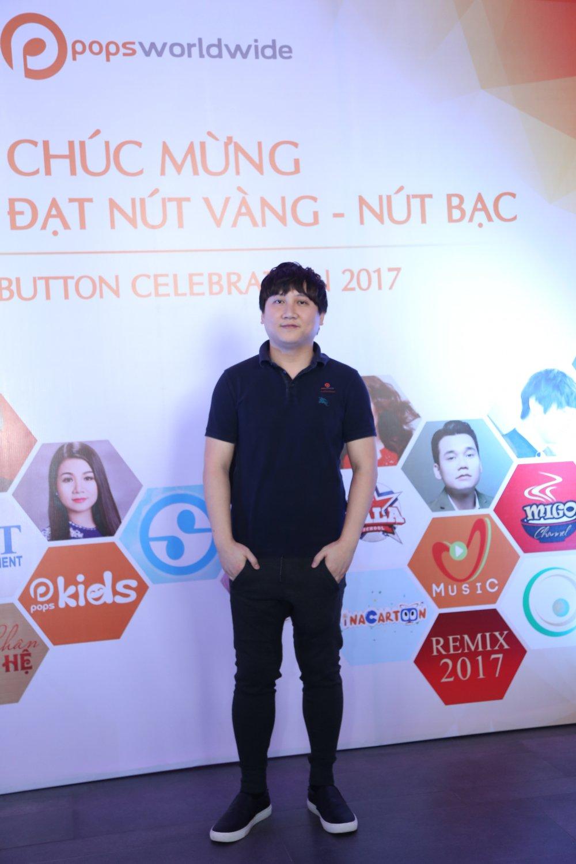 Ho Van Cuong chung chac nhan giai tu Youtube cho me nuoi Phi Nhung hinh anh 2