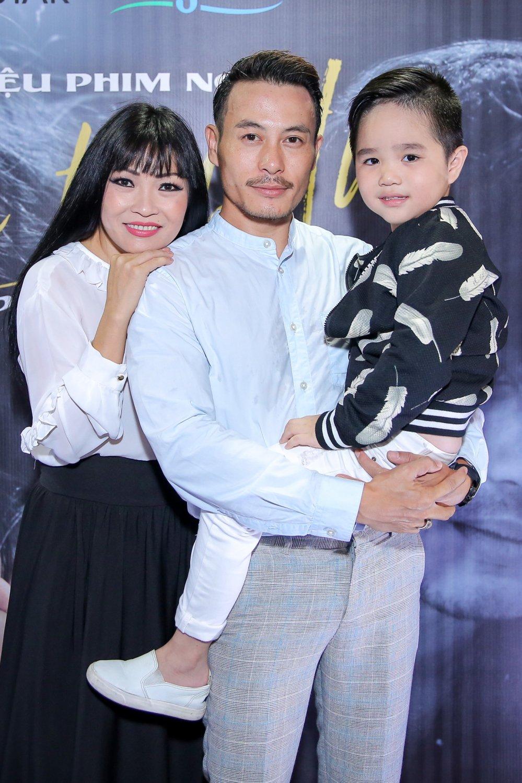 Ngoc Linh rang ro den chuc mung Phuong Thanh ra mat  phim ngan hinh anh 1