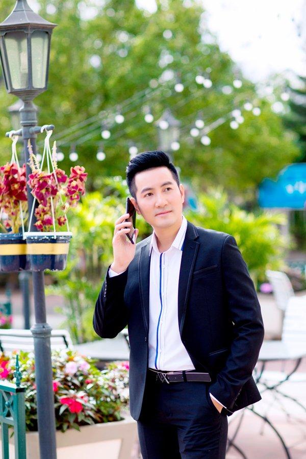 Nguyen Phi Hung gay ngac nhien khi re huong sang dong nhac Bolero hinh anh 5