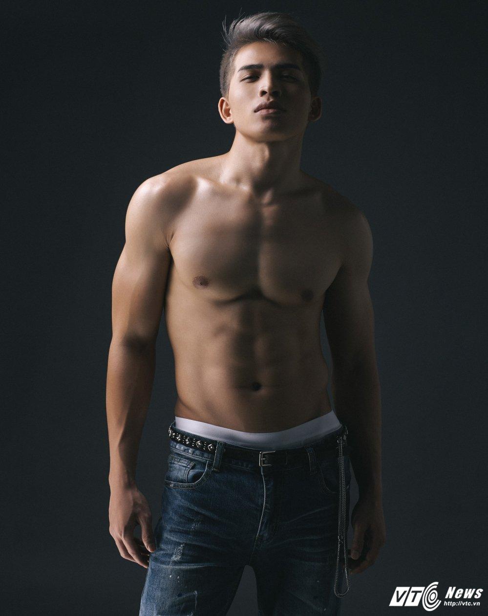 Quoc Thien: 'Tai sao phai song theo su xet doan cua nguoi khac ma khong la chinh minh?' hinh anh 3