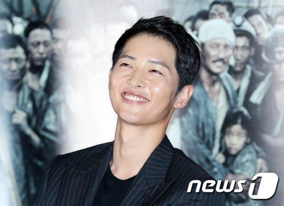 Song Joong Ki: 'Toi tin nhung gi Song Hye Kyo lam la dung' hinh anh 3
