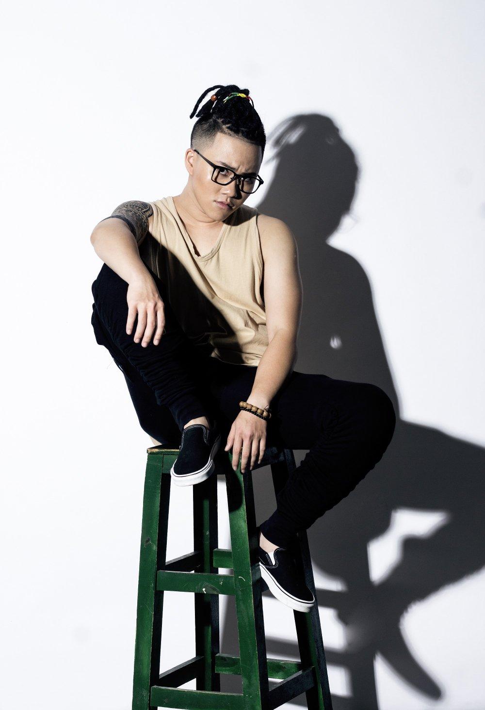 Le Thien Hieu 'Ong ba anh' 'lot xac', gay choang vang vi phong cach khac la hinh anh 4
