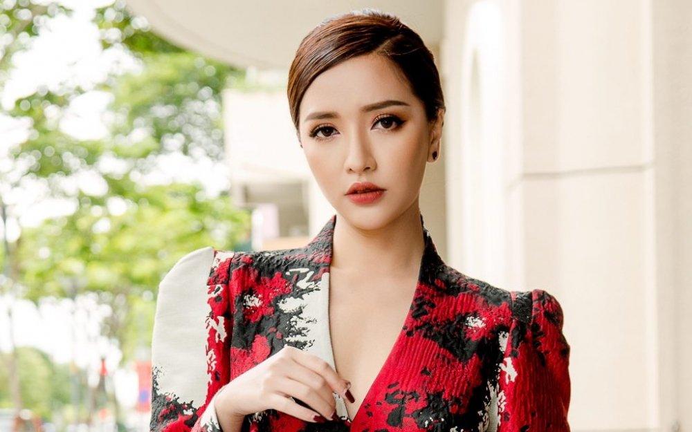 Bich Phuong: 'Nguoi ta hoi toi sao dat ten bai hat moi vua dai vua sen' hinh anh 6