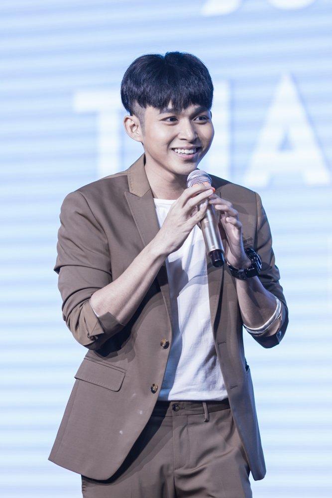 Jun Pham ngo ngac khi duoc Ngo Thanh Van chon dong chinh trong phim Tet hinh anh 6