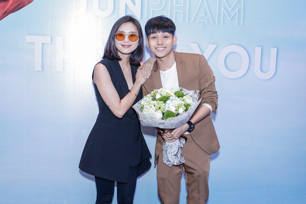 Jun Pham ngo ngac khi duoc Ngo Thanh Van chon dong chinh trong phim Tet hinh anh 1