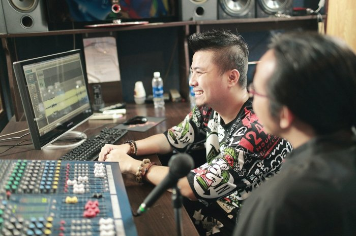 Vu Ha, Phuong Thanh cung dan sao Viet gop mat trong du an co dong SEA Games 29 hinh anh 2